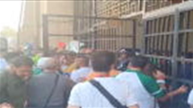 CAN 2019 - Les fans algériens forcent l'entrée dans le stade