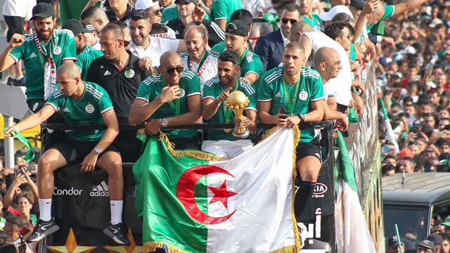 Thousands crowd streets to celebrate Algeria success