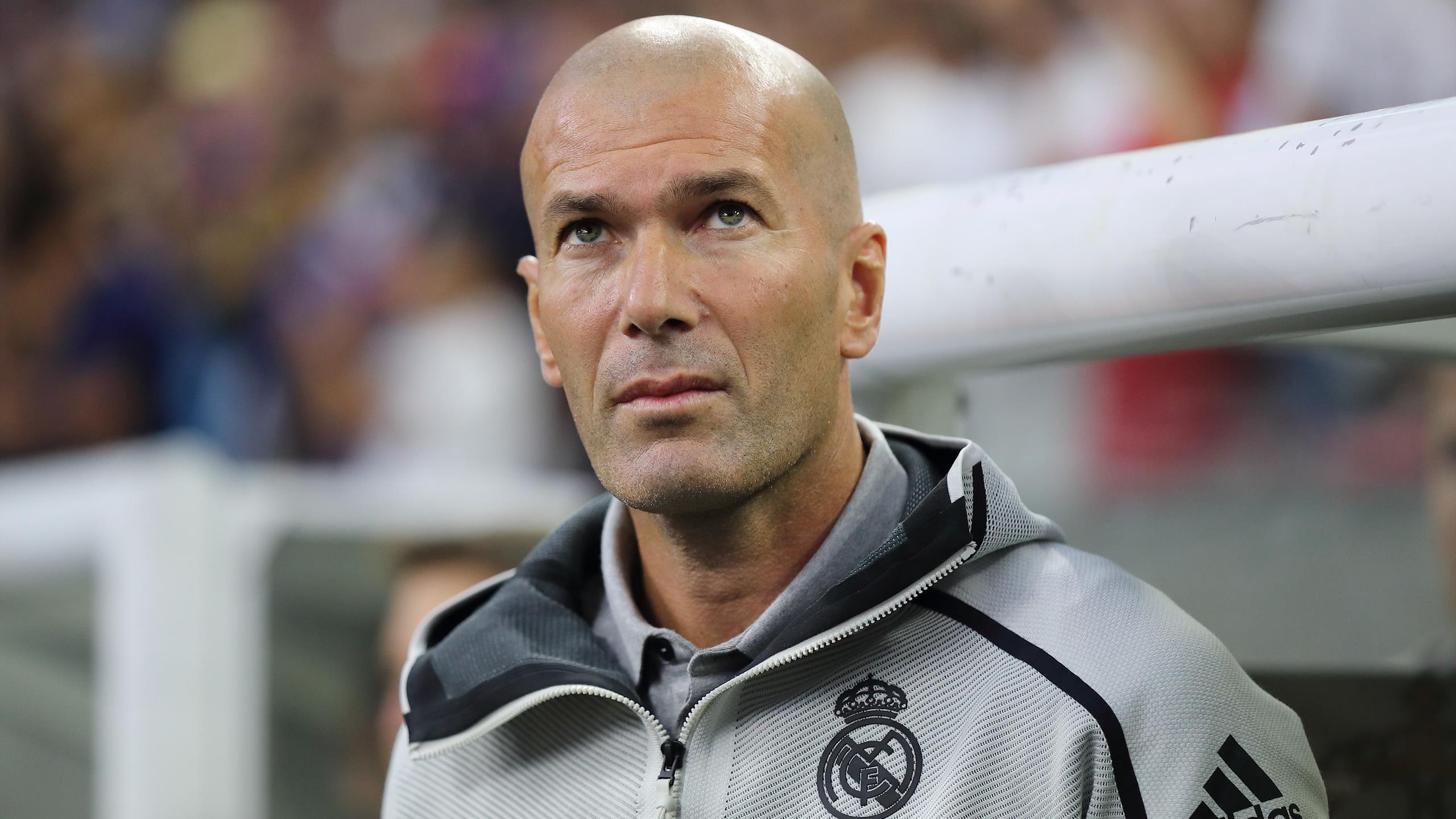 Người đại diện của Bale ví HLV Zidane là nỗi ô nhục