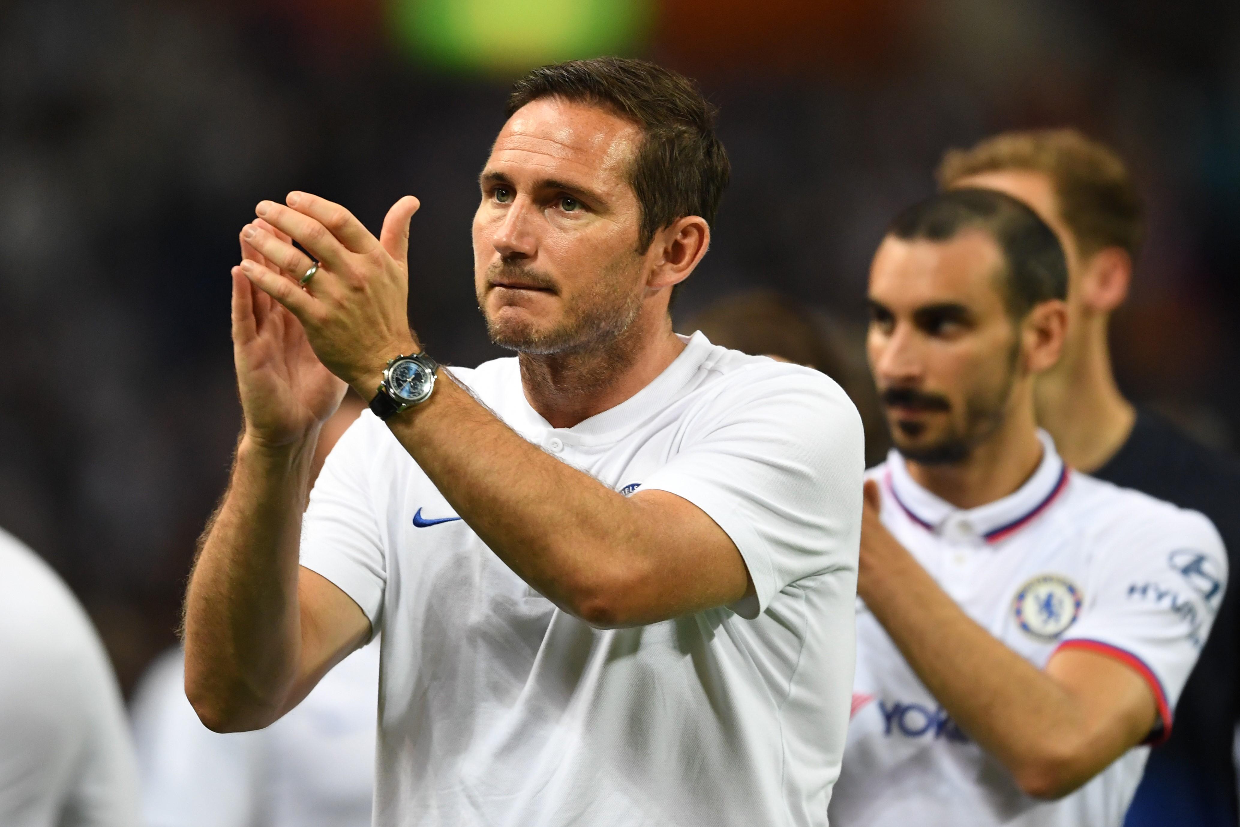 Frank Lampard, Chelsea'ye menajer olarak geri döndü ve bu sezon takımın başında olacak.