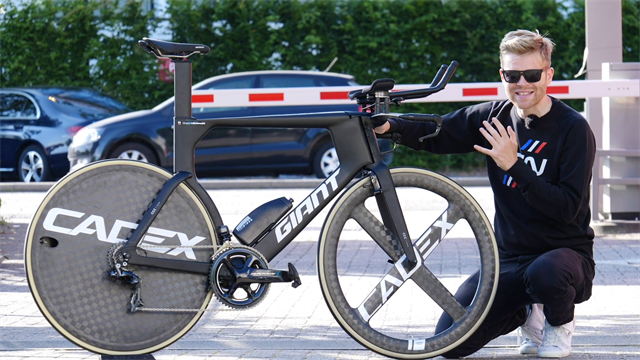 'An absolute weapon' – GCN presents CCC Pro Team's Giant Trinity TT bike