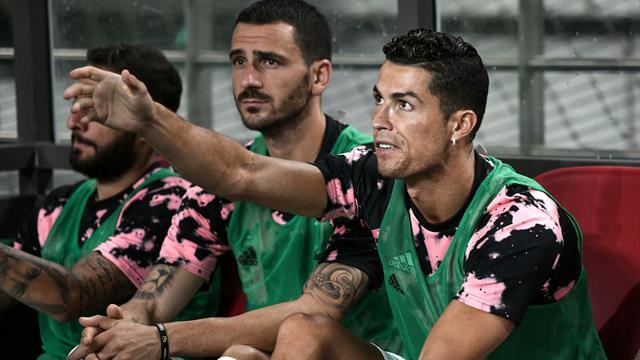 """Ronaldo in panchina, la Corea protesta. Sarri: """"Venite in Italia, vi pago io il biglietto..."""""""