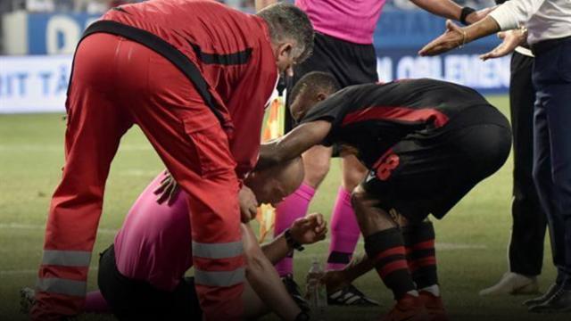 Paura a Craiova: bomba carta all'arbitro e partita sospesa, possibile il 3-0 a tavolino