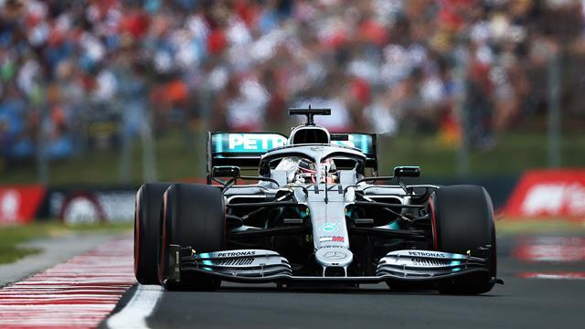 Mit Streckenrekord: Hamilton schnappt sich Bestzeit im Training
