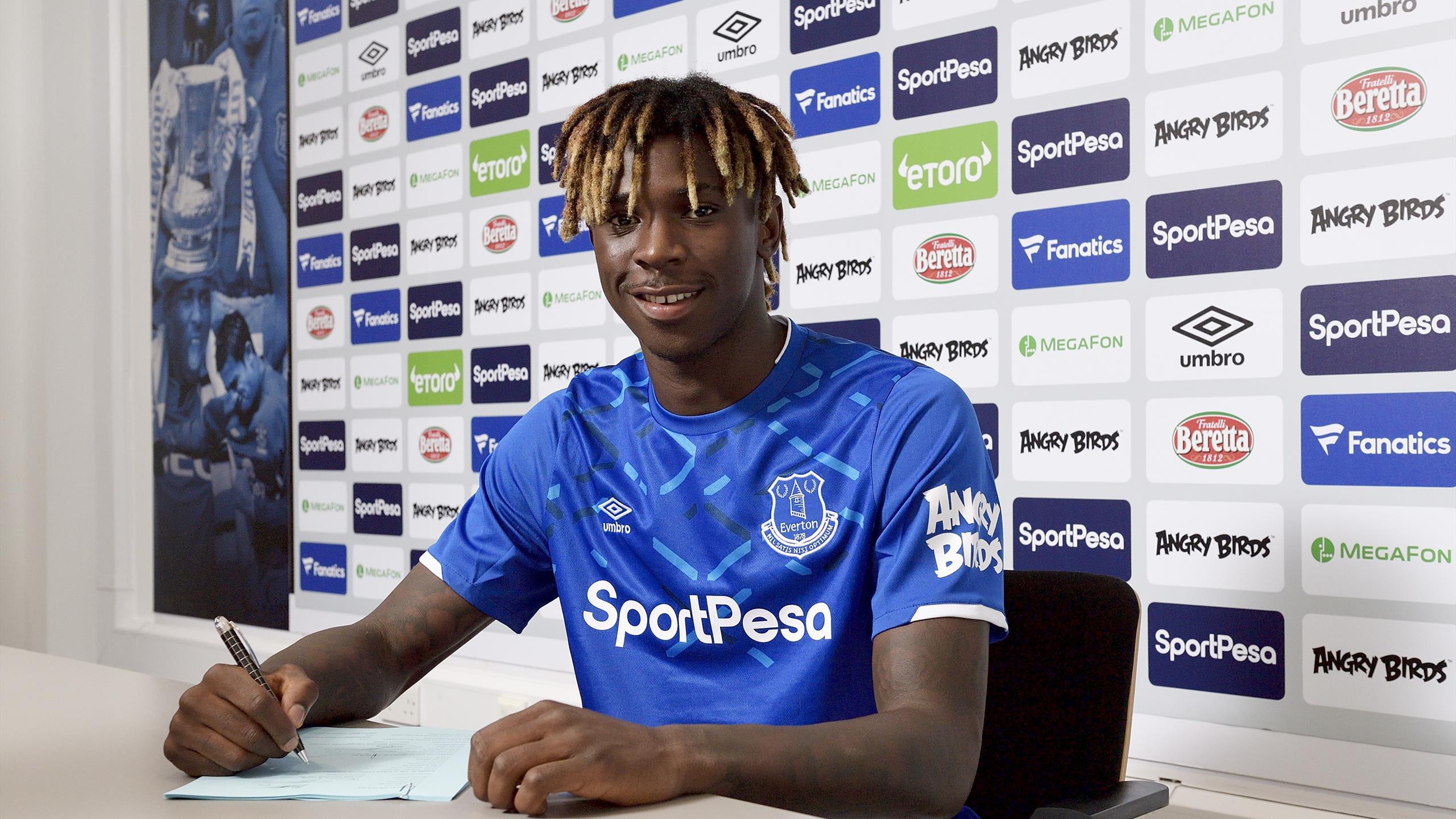 Football News Everton Confirm Moise Kean Signing From Juventus Eurosport