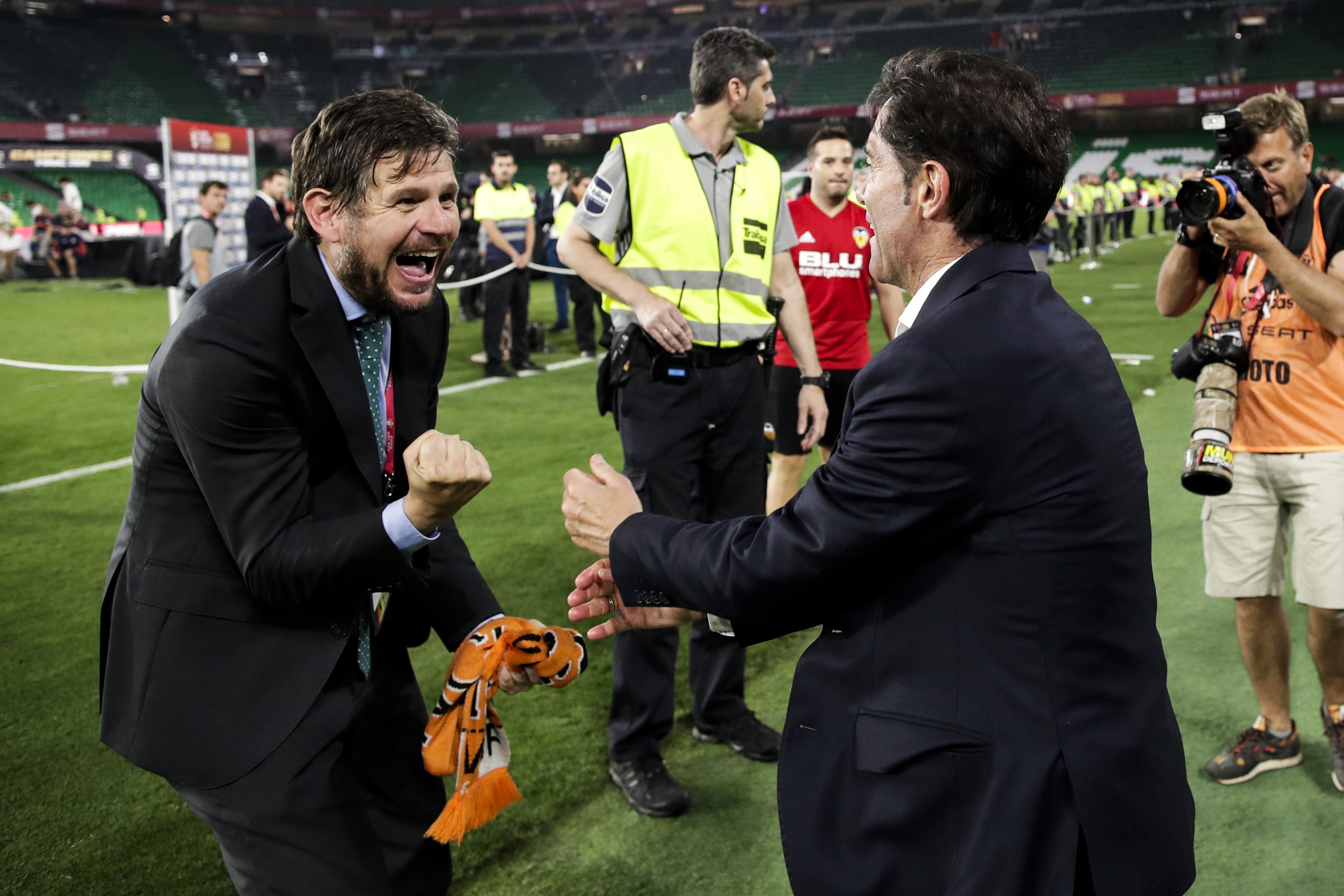 Mateu Alemany et Marcelino célèbrent la victoire en Copa del Rey