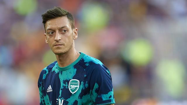 La pesadilla de Özil: envuelto en una guerra de bandas sin poder salir de casa