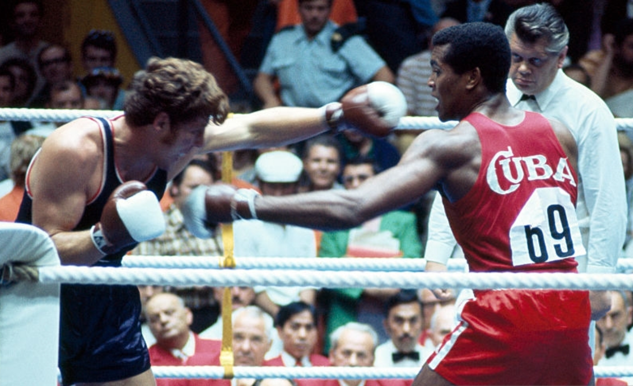 Teofilo Stevenson vs Duane Bobick