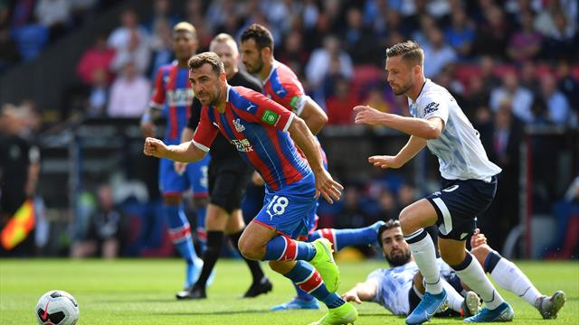 Schneiderlin sees red as Palace and Everton play out goalless draw