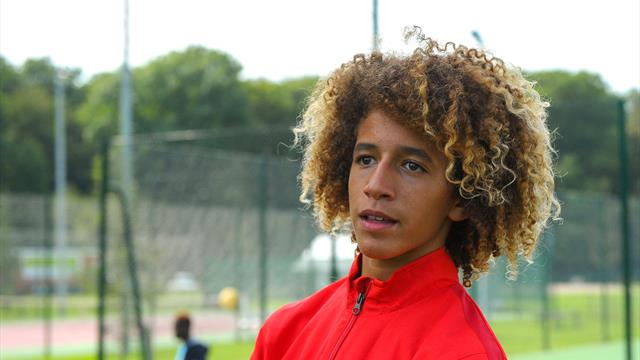 Manchester United sign five teenagers including £9m Mejbri