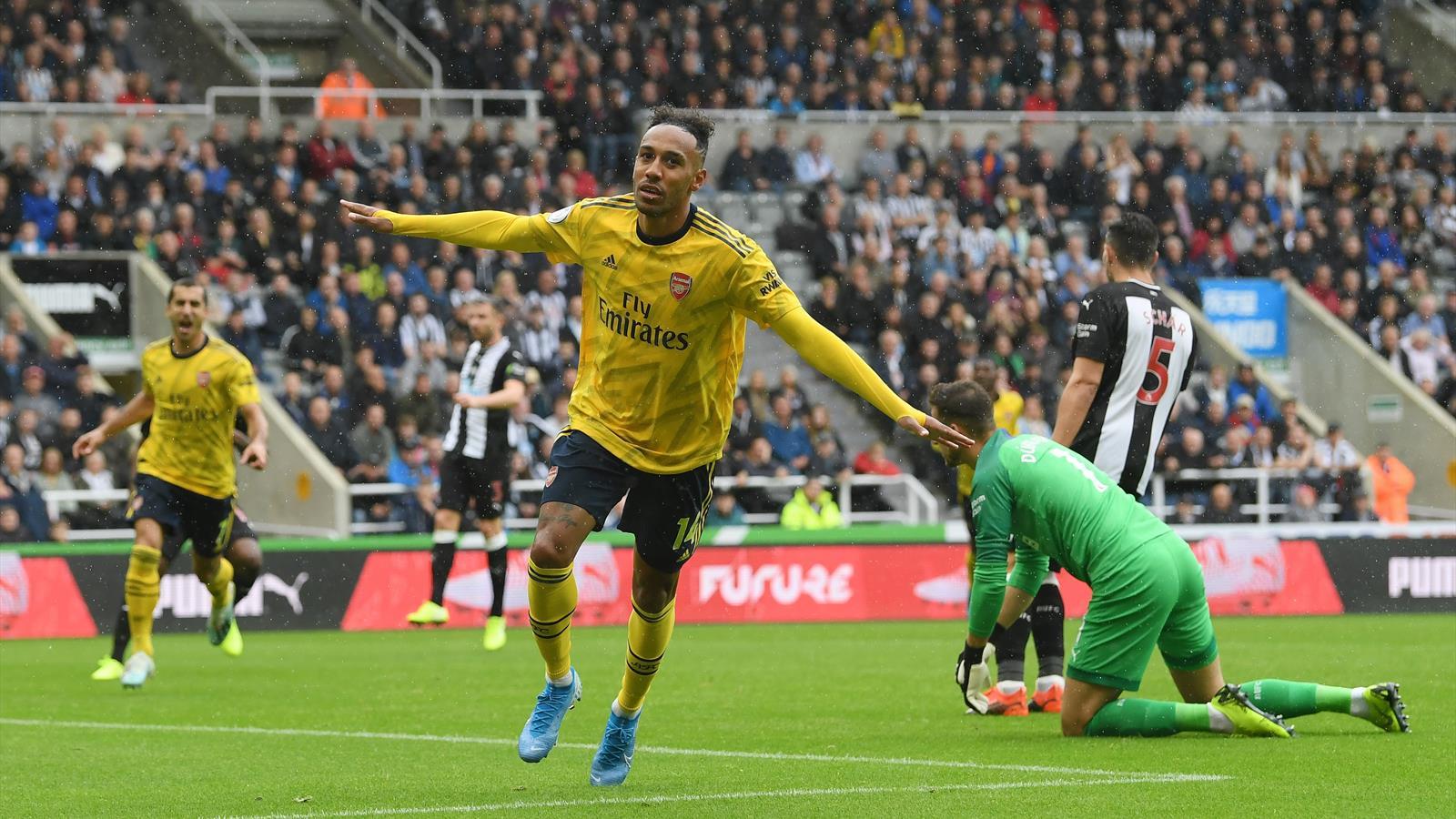 All'Arsenal basta il pallonetto di Aubameyang per mandare ko il ...