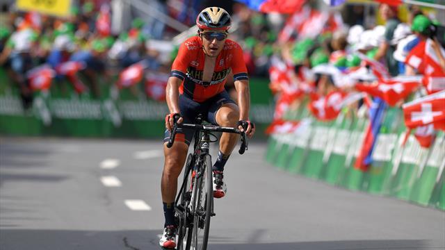 Italienischer Radprofi Pozzovivo beim Training angefahren