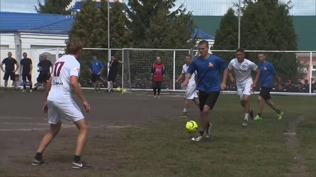 Лучшие моменты легендарного матча Кокорина и Мамаева в исправительной колонии №4