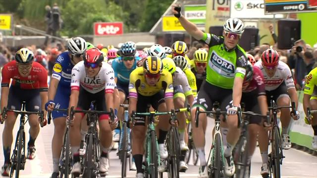 Bennett doubles with Stage 2 victory