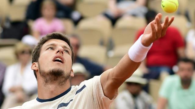 Carreño puede con el saque de Isner y se enfrentará a Djokovic en octavos