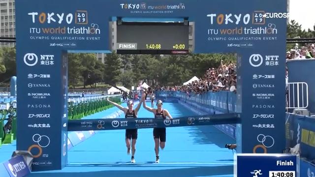Triatlon de Tokio: las británicas Learmonth y Taylor-Brown descalificadas por entrar de la mano