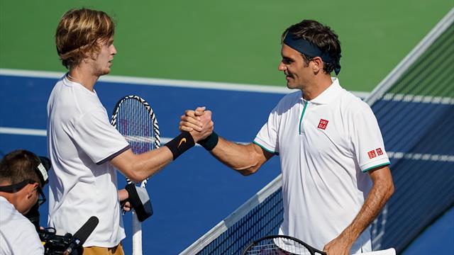 """Federer eliminato da Rublev in un'ora: """"Ha giocato in modo meraviglioso"""""""