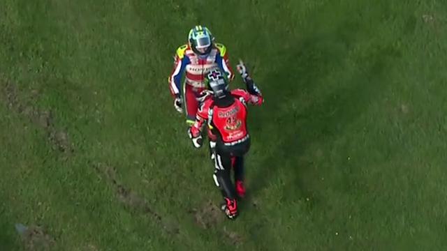 Erst Crash, dann fast der Fight: Superbike-Fahrer bekommen sich in die Haare