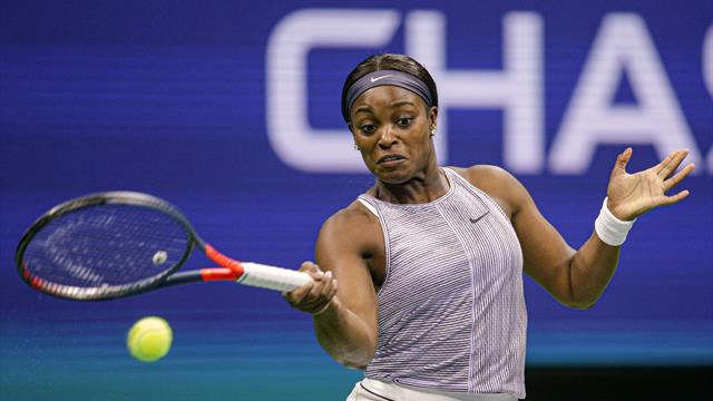 Former champion Stephens ousted by Russian qualifier Kalinskaya
