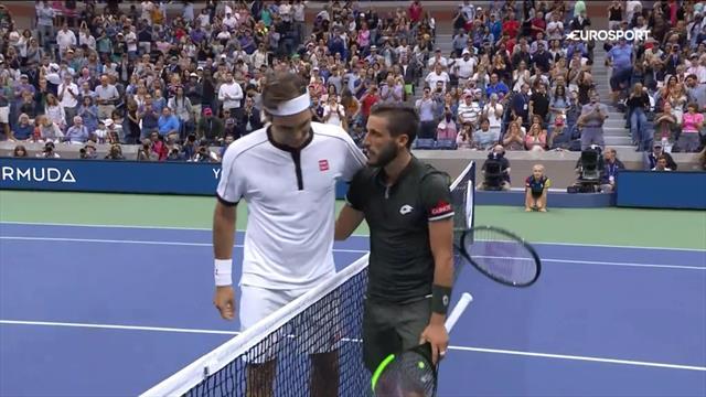 Федерер снова проиграл первый сет, а дальше Джумхуру было очень больно
