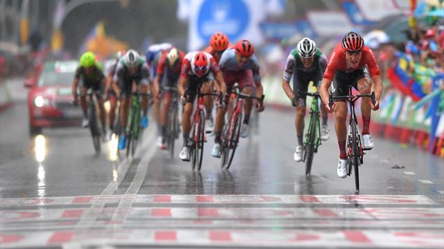 Miguel Angel Lopez regala di nuovo la maglia roja: Edet nuovo leader, vince Arndt