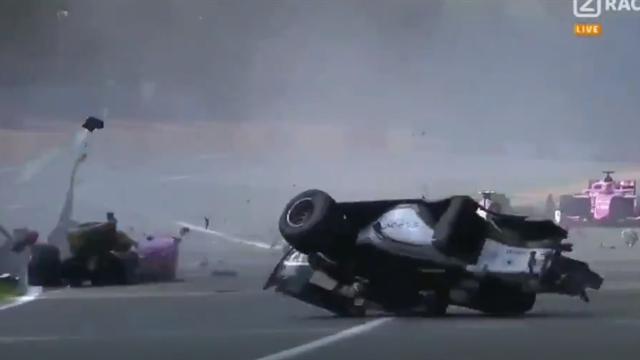 Гонщик «Формулы-2» погиб после жуткого столкновения. Второй участник аварии находится в больнице