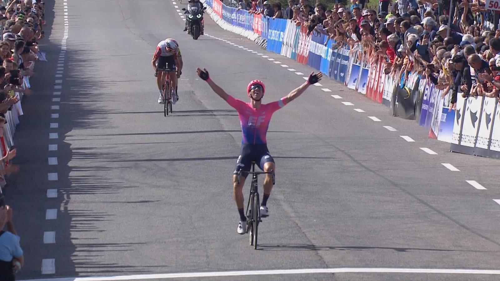 Bretagne Cycliste Calendrier 2020.Plus Fort Dans Le Dernier Kilometre Vanmarcke S Offre La Victoire En Solitaire
