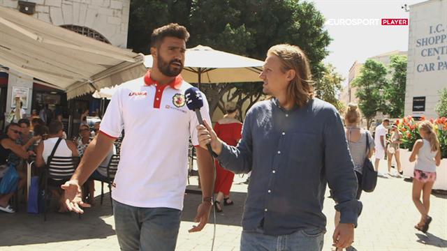 Fodboldtræning, arbejde og tid til studie: Livet som fodboldspiller i Gibraltar