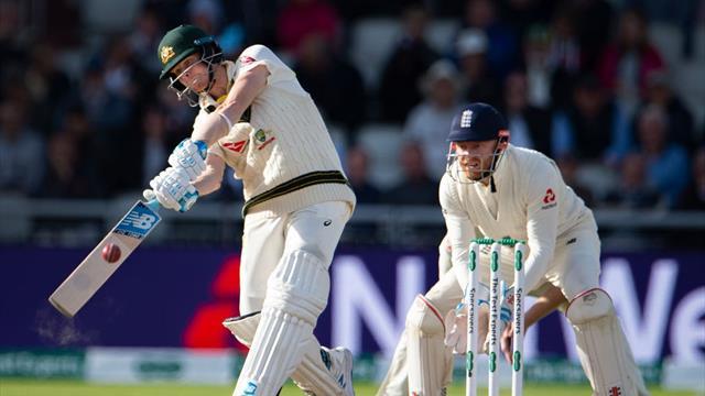 Magnificent Smith puts Australia in command