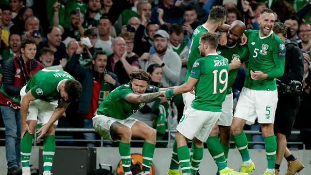 McGoldrick nets late leveller to keep Ireland top