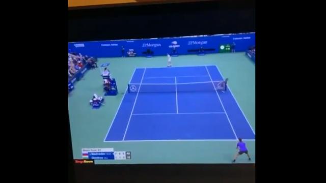 «Красава, гордость. Если не Федерер, то Медведев». Дзюба вновь смотрит теннис