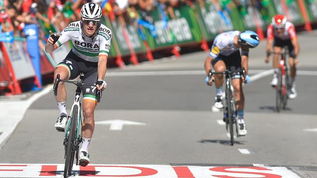 Sam Bennett sprints to another stage win as huge crash mars finish in Oviedo