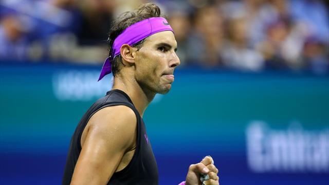 Deuxième point et Nadal contourne déjà le filet : cette finale démarre bien...
