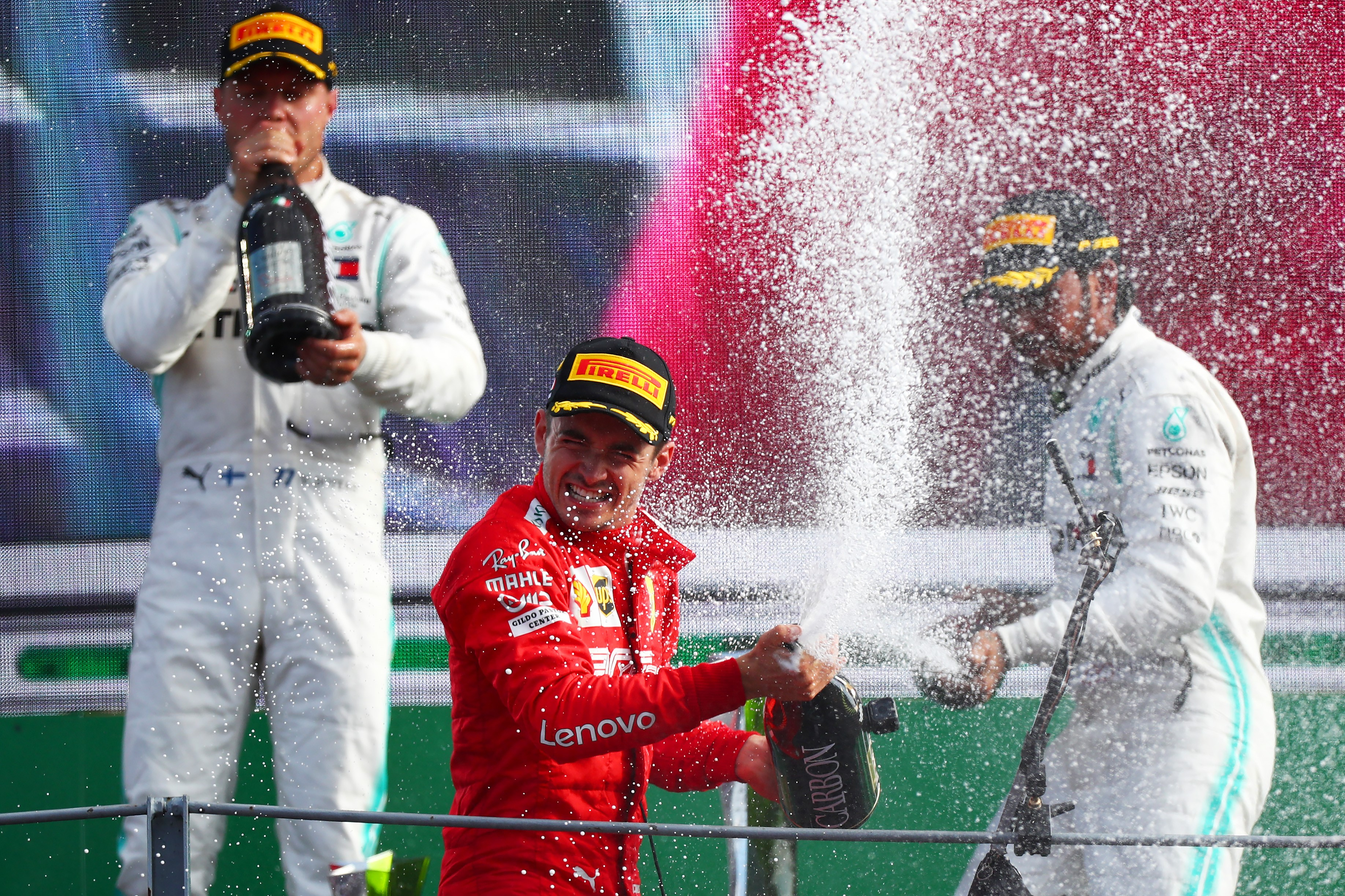 Charles Leclerc (Ferrari), Valtteri Bottas, Lewis Hamilton (Mercedes)