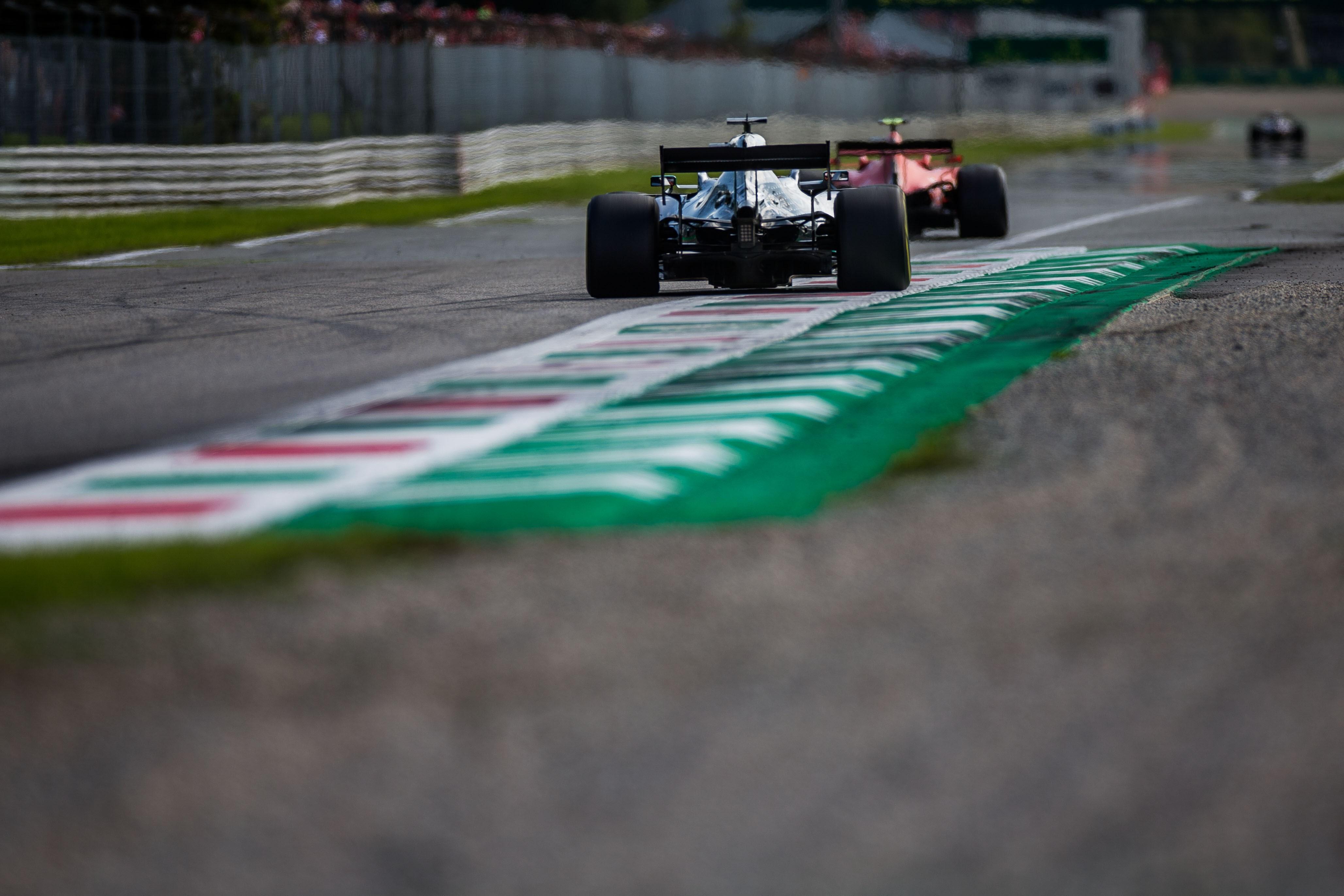 Charles Leclerc (Ferrari), Lewis Hamilton (Mercedes)