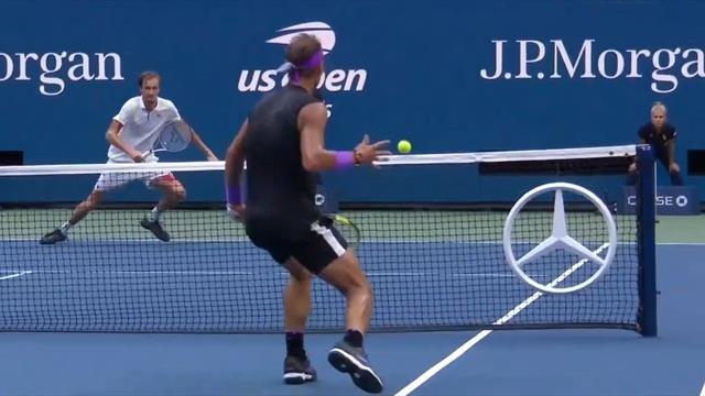 Zweimal auf die Netzkante! Nadal im Finale im Glück
