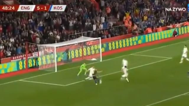 Перестрелка Англии и Косово на 8 мячей, которую команды уложили в первый час игры
