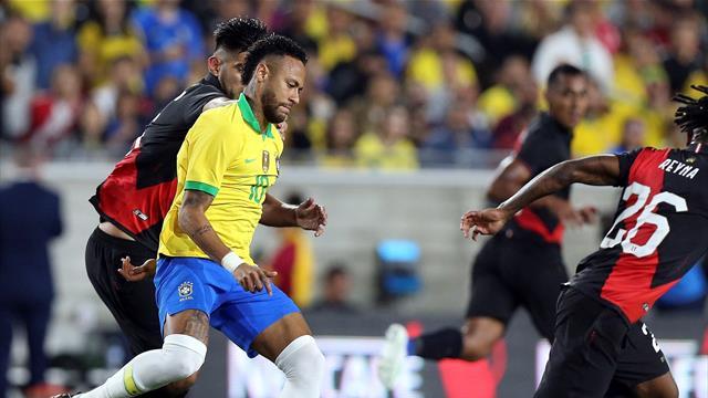 ⚽ Brasil cae ante Perú y Argentina golea a México