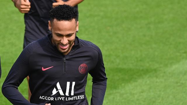 """Papà Neymar: """"Con il Barcellona prosegue la trattativa, i negoziati non sono chiusi"""""""
