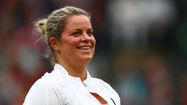 Clijsters announces delay to second return from retirement