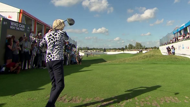 100-летняя дама выступила на профессиональном турнире по гольфу