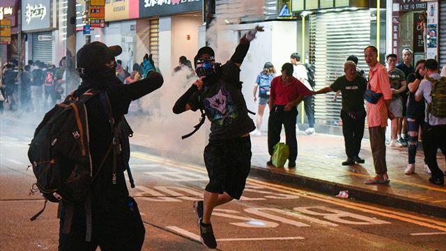 Турнир WTA в Гонконге перенесли на неопределенный срок из-за массовых беспорядков