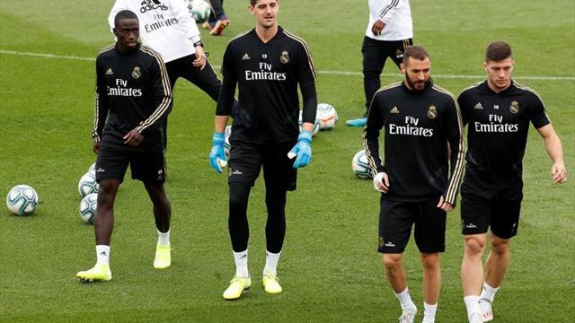 Valverde no entrena; Zidane con problemas en el centro del campo