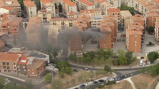 ¡Salvador! El helicóptero de La Vuelta capta un incendio en un domicilio de Toledo