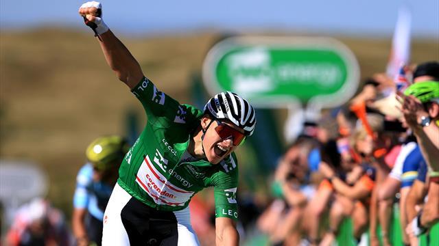 Van der Poel eyes title after powering past Trentin in Stage Seven