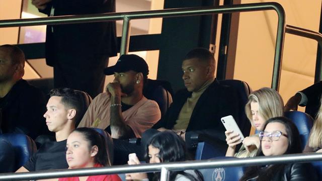"""Resté en tribunes avec Mbappé, Neymar aurait """"tellement aimé"""" participer au show"""