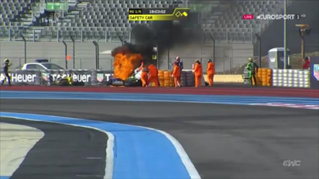 Moto perde olio al Bol d'Or e prende fuoco