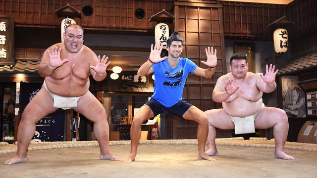 Quand Djokovic s'essaye au sumo