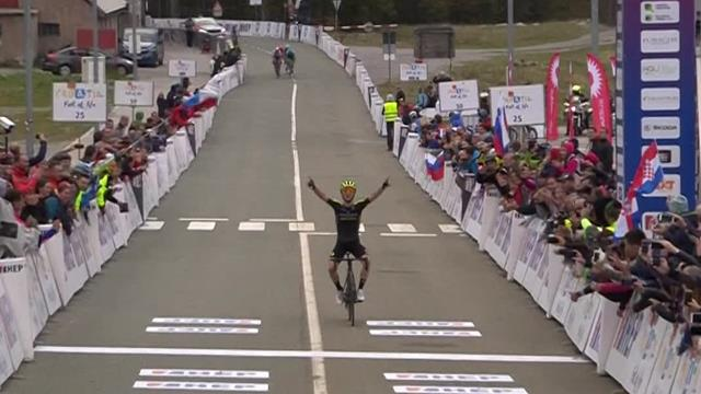 'Back to winning ways!' - Adam Yates soloes to Stage 5 win and GC lead