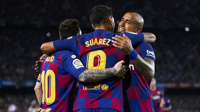 Show blaugrana col Siviglia: tre gol in sette minuti. Barcellona a -2 dal Real